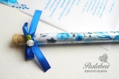 kék virágos kémcsöves esküvői meghívó