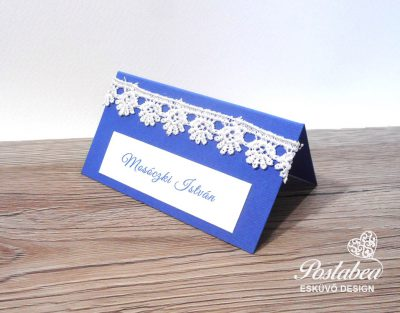 kék csipkés ültetőkártya