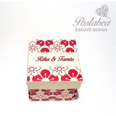 piros dobozos meghívó