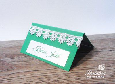 zöld csipkés ültetőkártya